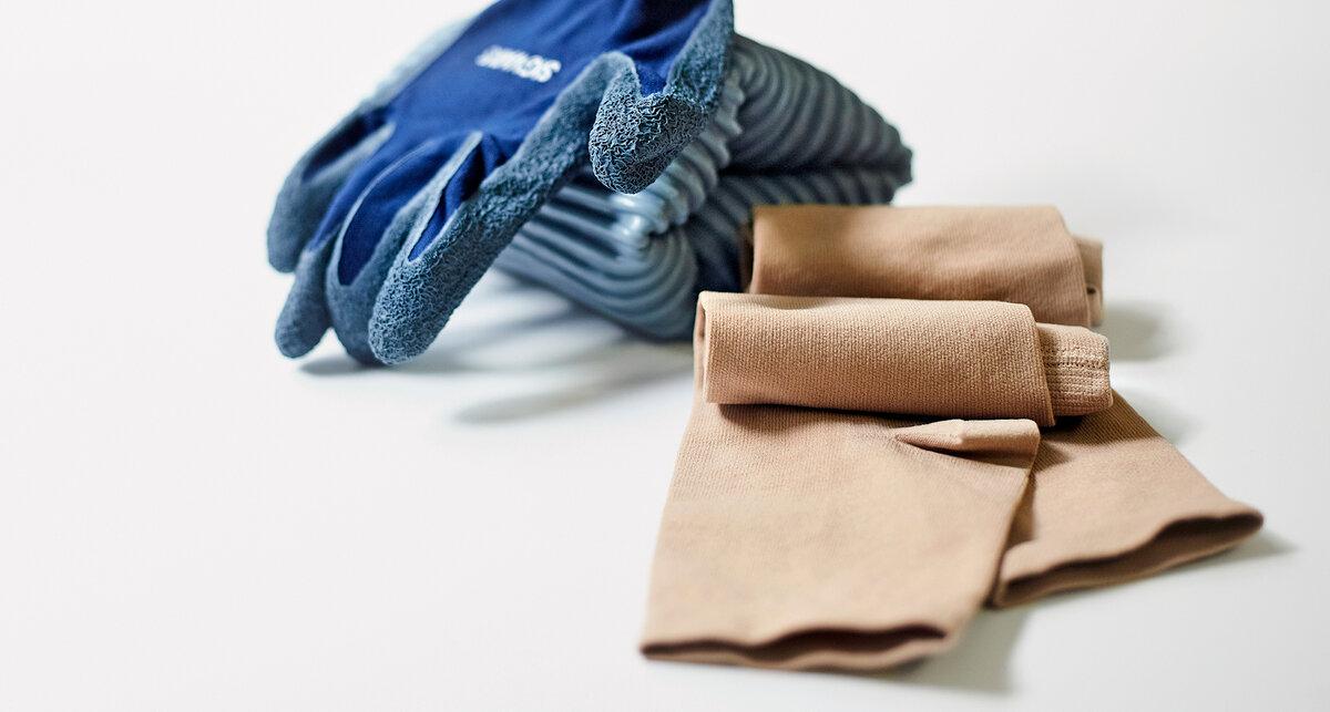 Kompressionsstrümpfe und SIGVARIS Textilhandschuhe